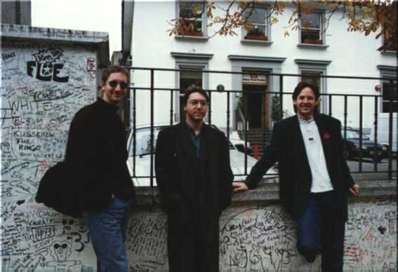 Outside Abbey Road - click to return to previous page